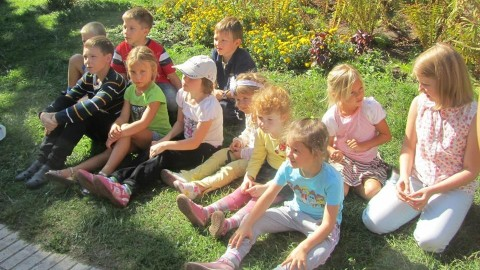 "350 Ukrainian kids need your help and support: volunteer goodwill club ""Kyiv-East-children"""