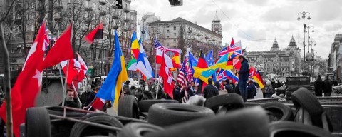 Expat and friends flag march in solidarity with Ukraine!