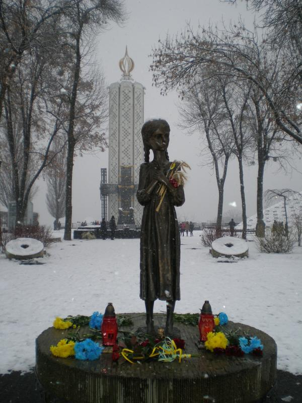 empr.media-holodomor-ukraine-23.11-3