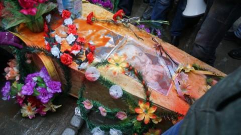 Putin's funeral: dictator is burnt in Odessa