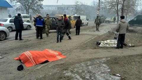 While Ukrainians are dying in Mariupol, President Poroshenko departs to Saudi Arabia