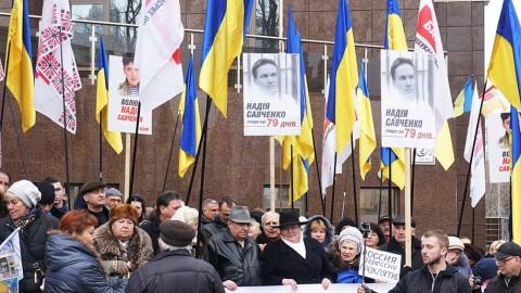 Odessa residents commemorate Nemtsov and require Savchenko release