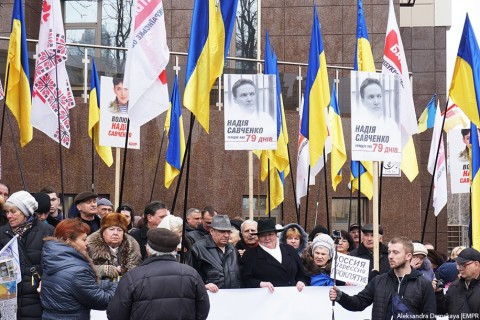 Odessa residents commemorate Nemtsov and require Savchenko release