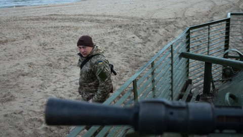 Waiting for the storm: Ukrainian military prepares to defend Mariupol