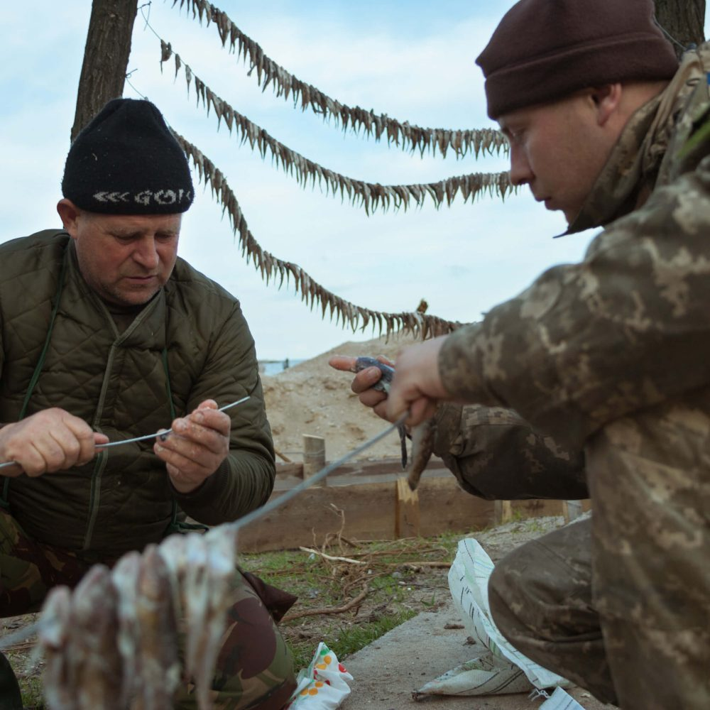 empr.media-defending-mariupol-sea-mariupol(3)