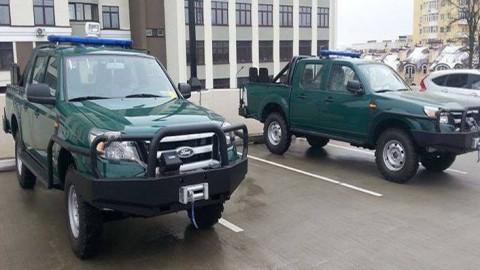 США передали Госпогранслужбе Украины 17 бронированных автомобилей