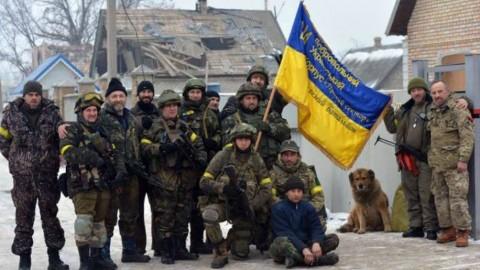 Правительство Украины против Правого Сектора. Кто и зачем раcкачивает лодку?