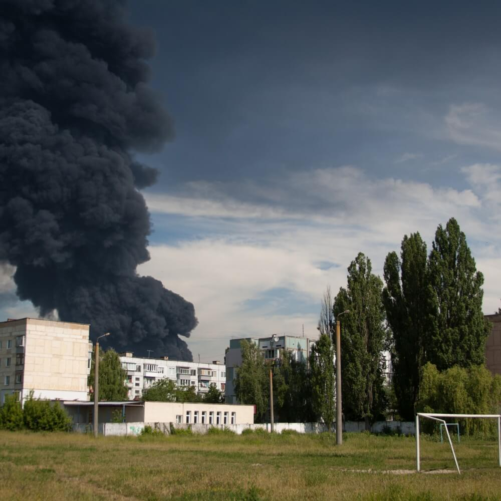 empr.media-fire-near-kyiv-ukraine-08.06.2015-09.08.2015(3)