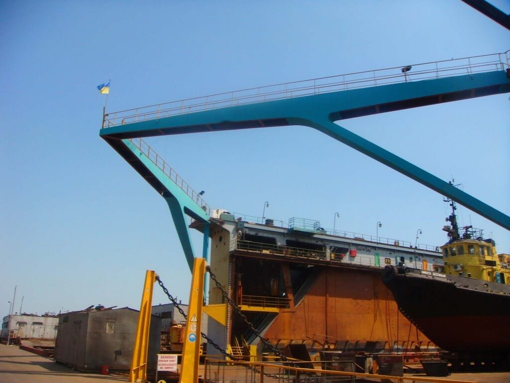 Shipyard of Azovsteel. Photo from http://spatialcodes.org