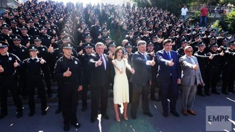 Новая патрульная полиция Одессы присягает на верность Украине