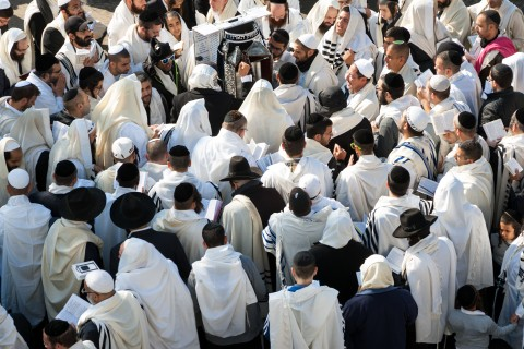 Thousands of Hasidic Jews came to Uman to celebrate Rosh Hashanah