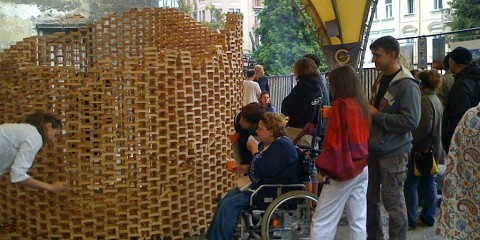 People of Lviv team up with internally displaced to present their crafts