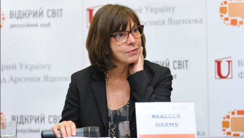 Rebecca Harms: you must work to bridge the gap between civil society and institutions