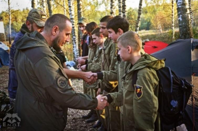 empr.meia-ukraine-war-russia-terrorists-enot-2015-4