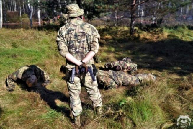 empr.meia-ukraine-war-russia-terrorists-enot-2015-6