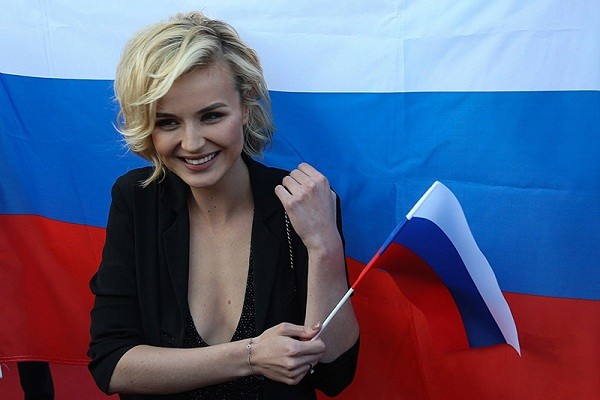 Russian singer Polina Gagarina represented the Russian Federation on Eurovision to visit Kyiv and perform a concert at Euromaidan in Ukraine