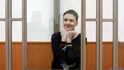 Nadiya Savchenko not to stop hunger strike. Drinks water, refuses food