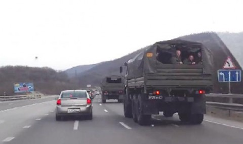 Russian troops in Crimea ready for large scale warfare