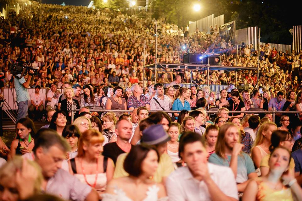 100 year old Sherlock was screened on Odessa's Potyomkin Steps Odessa's Potyomkin Steps gathered around 10,000 spectators for an open-air screening of the international silent film classics Treasure of European Film Culture Odessa International Film Festival 1916 Sherlock Holmes by Arthur Bertheletis the world's first film about the famous detective, and celebrates its 100 anniversary this year