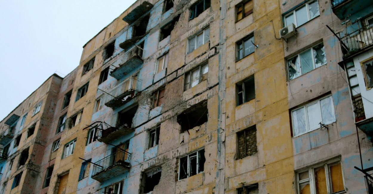 russian rocket artillery shelling avdiivka russian combined terrorist forces shelling avdiivka from residential areas of occupied donetsk with rocket artillery MLRS BM21 Grad