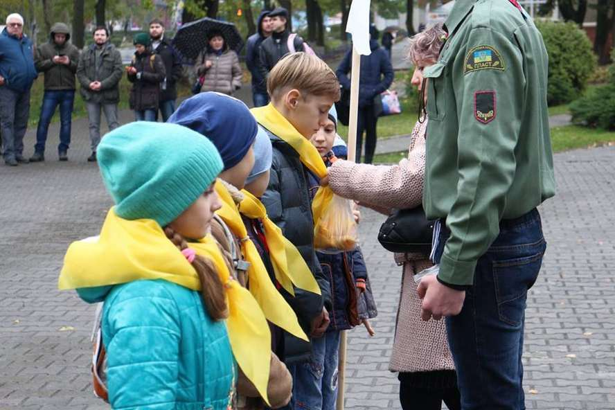 kramatorsk war plast children
