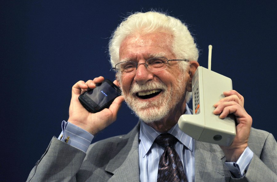 Martin Cooper A Son Of Ukrainian Emigrants Invented First Mobile Phone