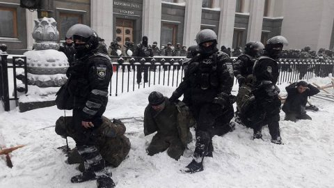 Protesters camp near Verkhovna Rada destroyed by security forces
