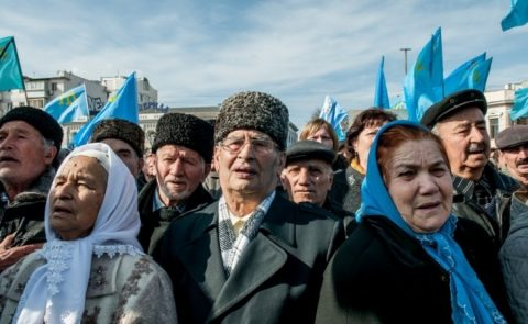 Russian authorities pressing Crimean Tatars to vote