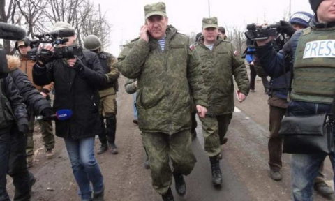 Russia conducts rotation of Russian officers in Donbass