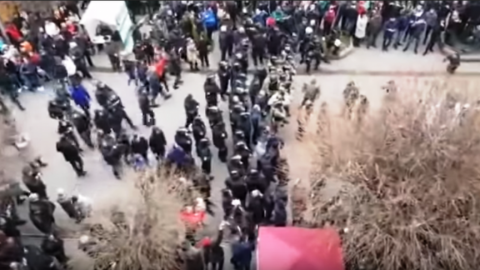 Clashes at Poroshenko supporting rally