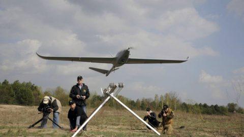 Sanctions don't clip Russia's wings in the war zone in eastern Ukraine