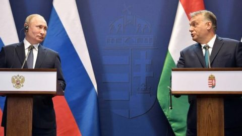 Hungary asks Russia to help in a language dispute with Ukraine