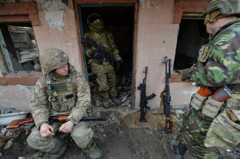 Russian hybrid troops enter former Ukrainian positions in Donbass