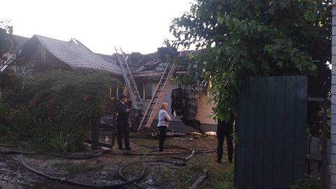 A very suspicious arson: Ukraine's main anti-corruption spokesperson had the roof of his house burn down to ashes