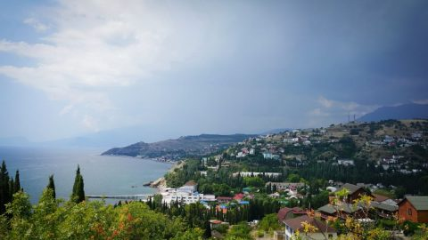 Thousands of Ukrainians may lose their lands in Crimea
