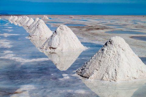 Russia grabs Ukrainian lithium